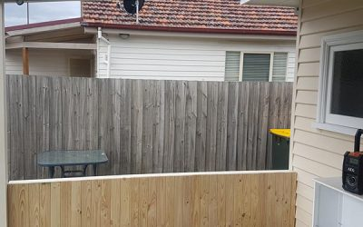 Pergola Closed off with privacy screens